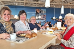 Frühstücken bei IKEA 1